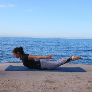 yoga asana  bakasana le guide complet  yoga with leslie